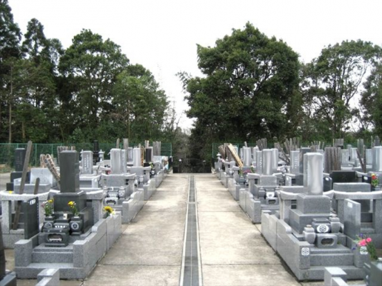 米本聖地霊園