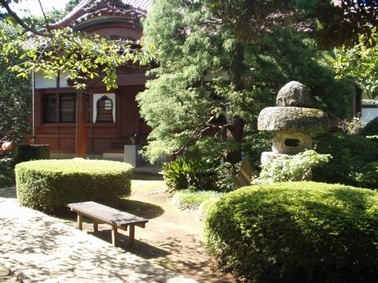 高根寺墓苑