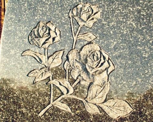 バラの立体彫刻